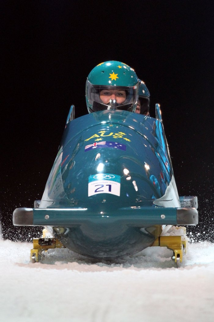 Radjenovic steers bobsleigh