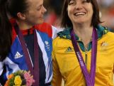 Anna Meares wins gold in the sprints