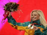 Alisa Camplin wins bronze at Torino