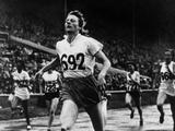 London 1948: Fanny Blankers-Koen of The Netherlands wins the gold in the women's 200m final.