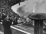 Oslo 1952: Eigil Nansen, grandson of the famous explorer Fridtjof Nansen, lights the Olympic flame at the Opening Ceremony.