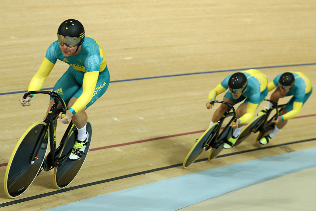 Britain set Olympic record in team sprint qualifying